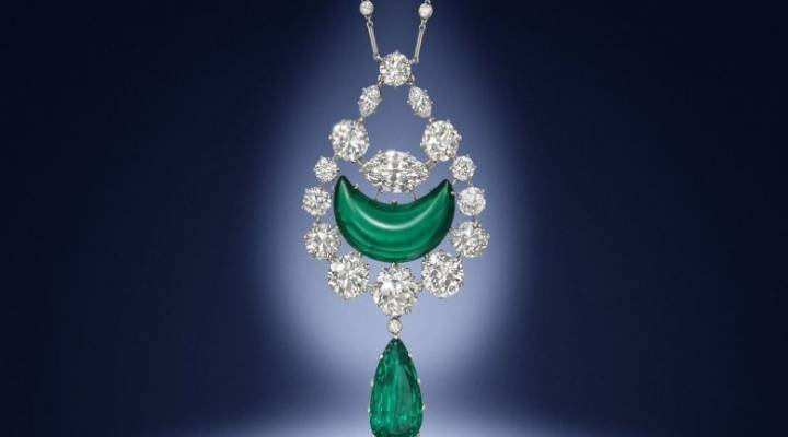 Jewellery collection sells for 1.9M