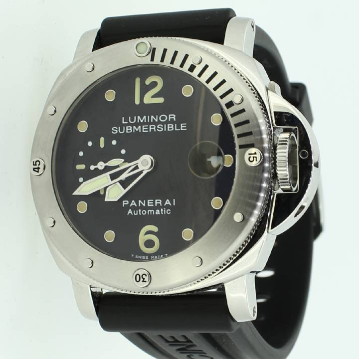 Pre-Owned Panerai Luminor Submersible Watch, Automatic Movement