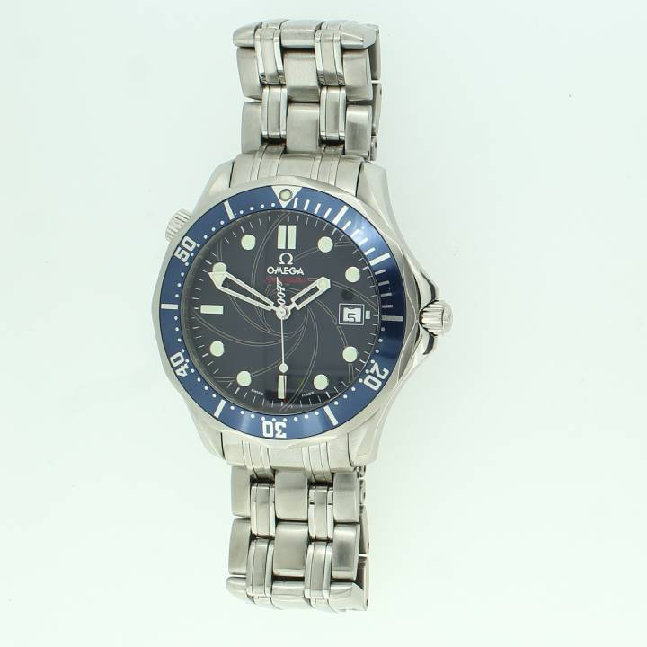 Pre-Owned Omega Seamaster Watch 007 Limited Edition
