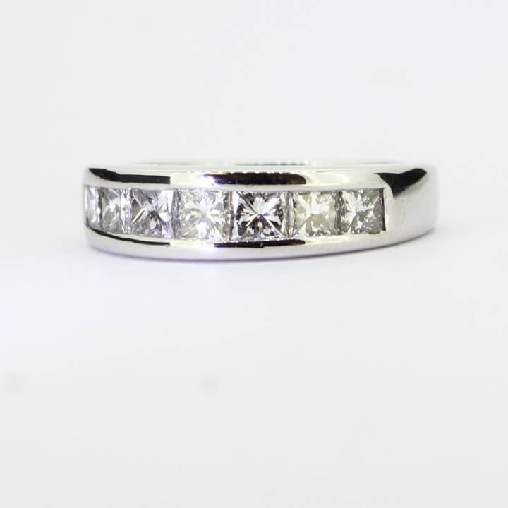 Pre-Owned 18ct White Gold Diamond Half Eternity Ring 1.00ct