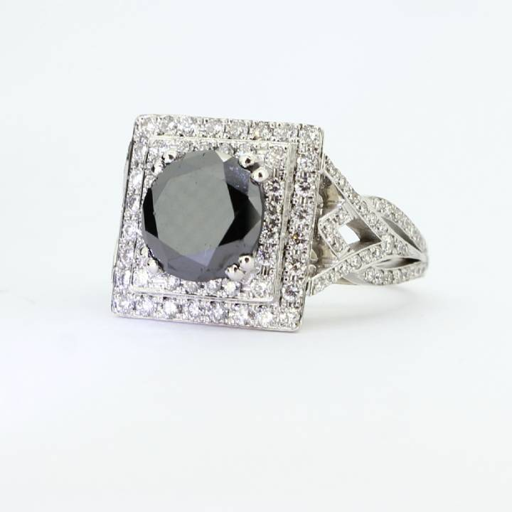 Pre-Owned White Gold  Black Moissanite and Diamond Cluster Ring 1605450