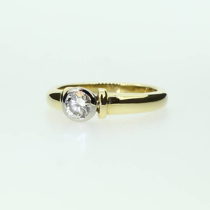 Pre-Owned 18ct Yellow Gold  Diamond Solitaire Ring 0.35ct 7101153
