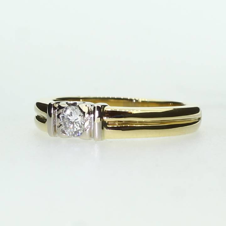 Pre-Owned 18ct Yellow Ring Diamond Solitaire Band Ring 0.19ct