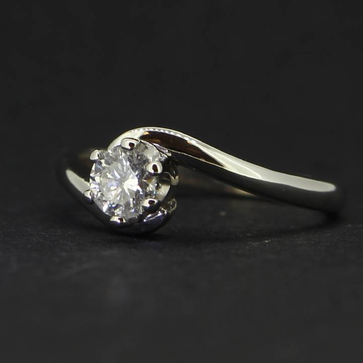 Pre-Owned 18ct White Gold  Diamond Soiltaire Ring 0.35ct 1601149