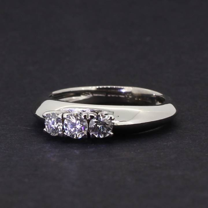 Pre-Owned 18ct White Gold Diamond 3 Stone Ring 0.50ct Total. 1604797