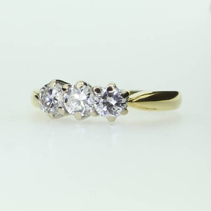 Pre-Owned 18ct Diamond 3 Stone Ring