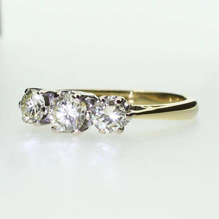 Pre-Owned 18ct Yellow Gold  Diamond 3 Stone Ring 0.70ct 7105033