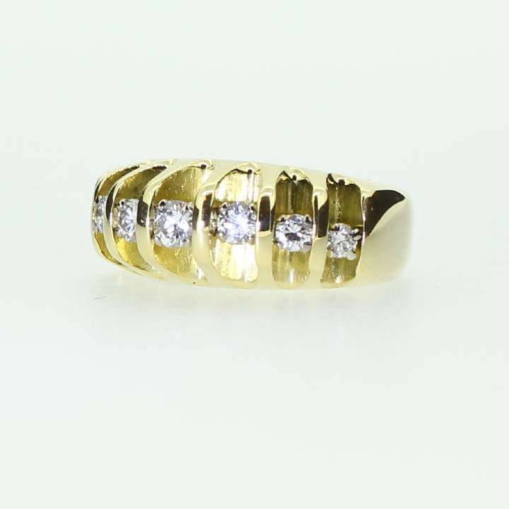Pre-Owned 18ct Yellow Gold Diamond Fancy Ring