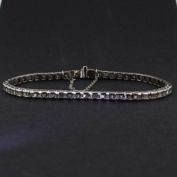 Pre-Owned 18ct White Gold Diamond Line Bracelet, 1.15ct Total