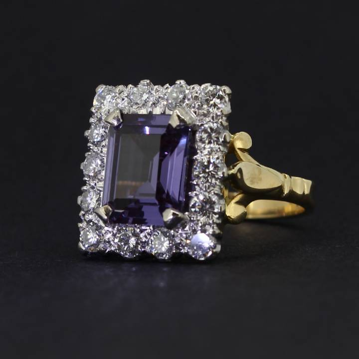 Pre-Owned 18ct Gold Diamond And Sapphire Cluster Ring