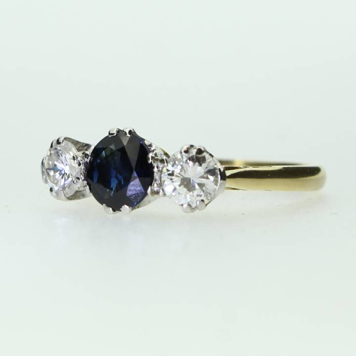 Pre-Owned 18ct Yellow Gold Diamond And Sapphire 3 Stone Ring
