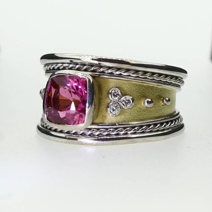 Pre-Owned 18ct 2 Tone Gold  Diamond And Pink Spinel Band 1609015