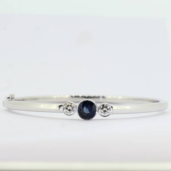 Pre-Owned 9ct White Gold Diamond And Sapphire Bangle