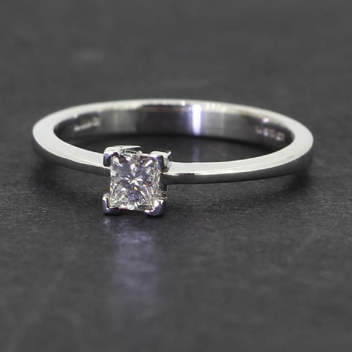 Pre-Owned 18ct White Gold  Diamond Solitaire Ring 0.30ct 1601844