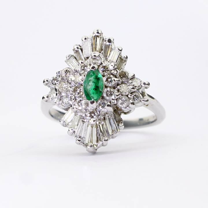Pre-Owned 9ct White Gold Diamond And Emerald Cluster Ring