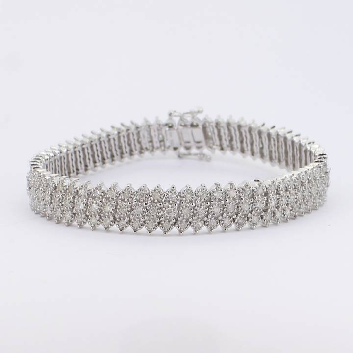Pre-Owned 9ct White Gold Diamond Bracelet 3.00ct Total 1607352