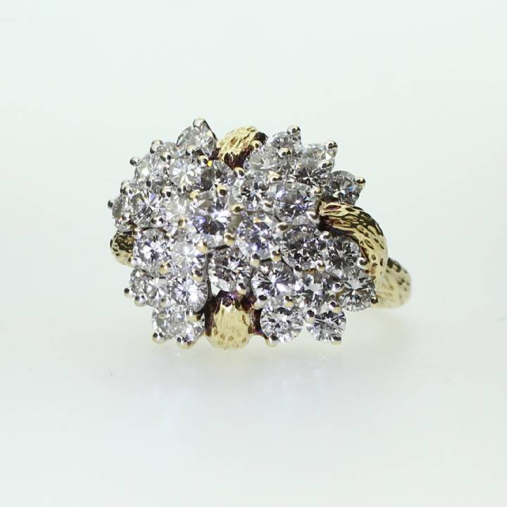 Pre-Owned 14ct Yellow Gold Diamond Cluster Ring 3.50ct 1605432