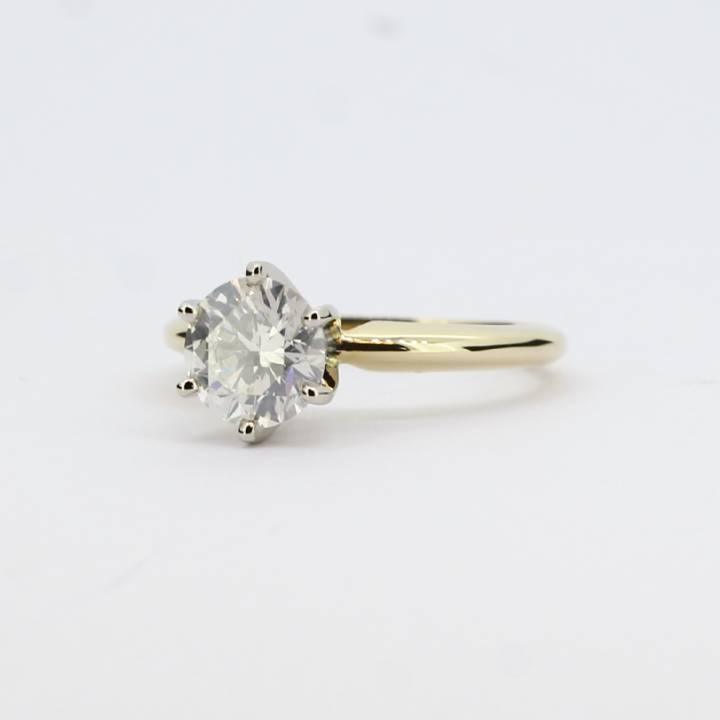 Pre-Owned 9ct Yellow Gold Diamond Solitaire Ring 1.08ct 1601668