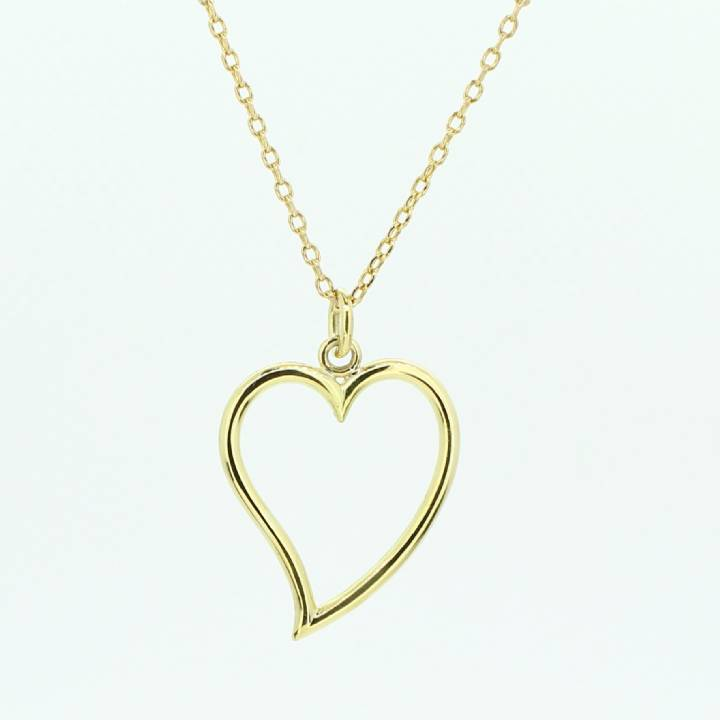 Pre-Owned 18ct Yellow Gold Heart Pendant And Chain 30