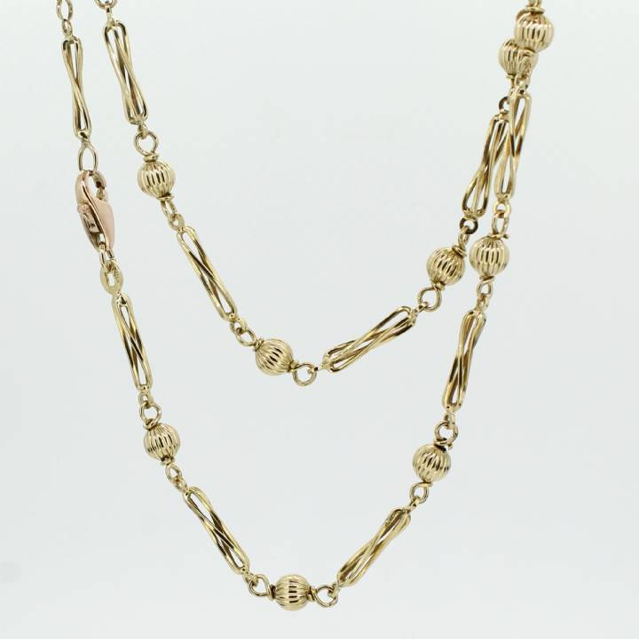Pre-Owned 9ct Yellow Gold Bead And Twist Chain 24
