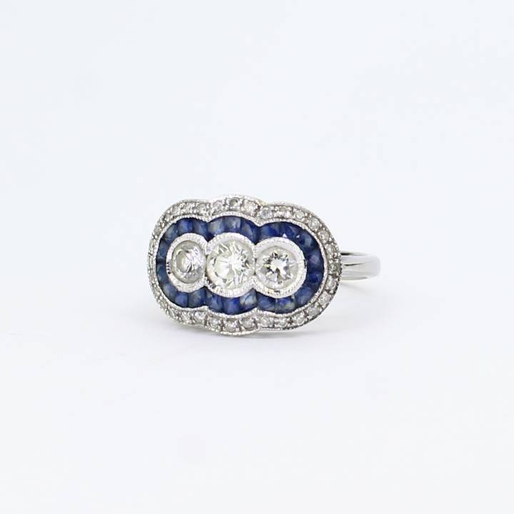 Pre-Owned 18ct White Gold Diamond And Sapphire Cluster Ring