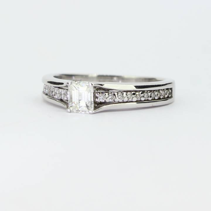 Pre-Owned 18ct White Gold Diamond Solitaire Ring 0.55ct Total 1601561