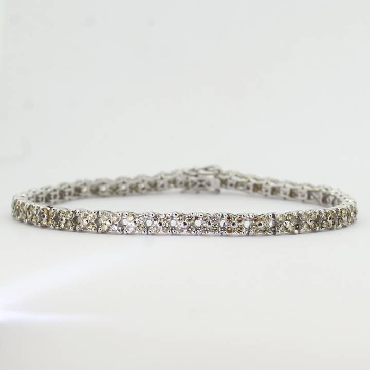 Pre-Owned 18ct White Gold Diamond Cluster Bracelet 1.64ct Total 7113168