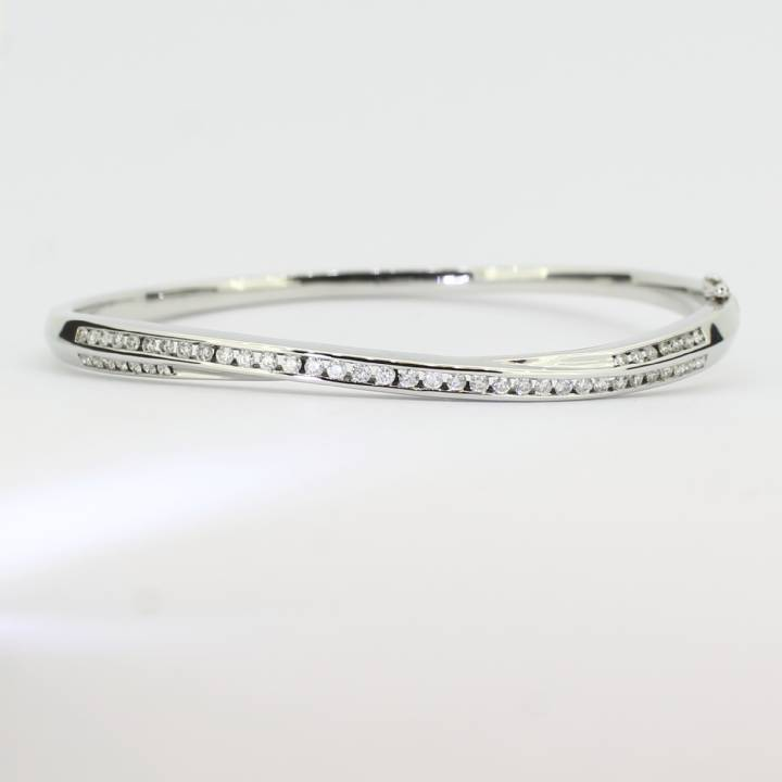 Pre-Owned 18ct White Gold Diamond Bracelet 0.88ct Total 1607411