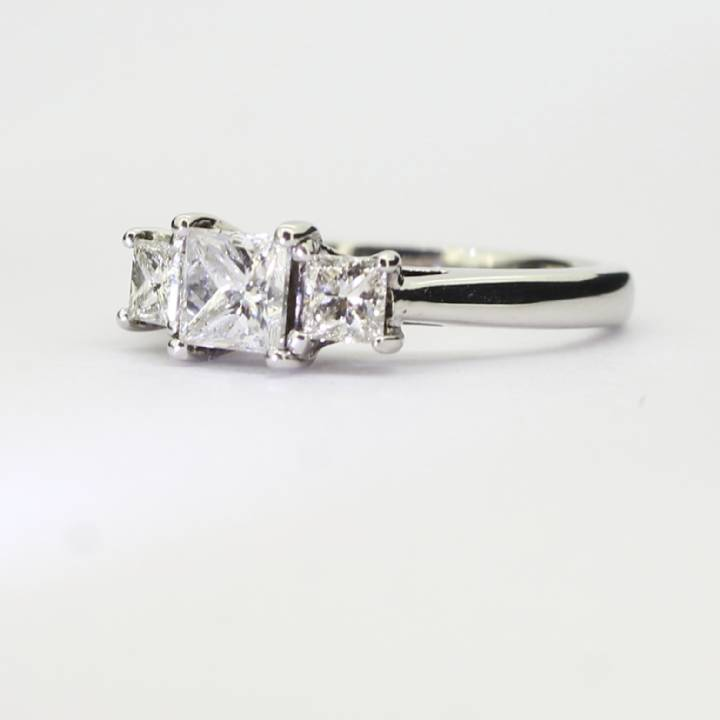 Pre-Owned 18ct White Gold Diamond 3 Stone Ring 0.83ct Total