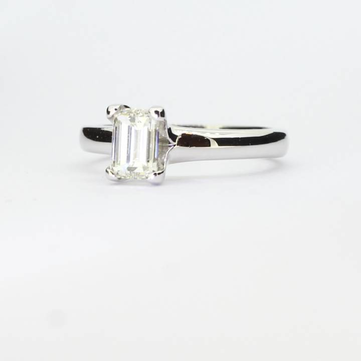 Pre-Owned Platinum Diamond Solitaire Ring 0.62ct 1601825
