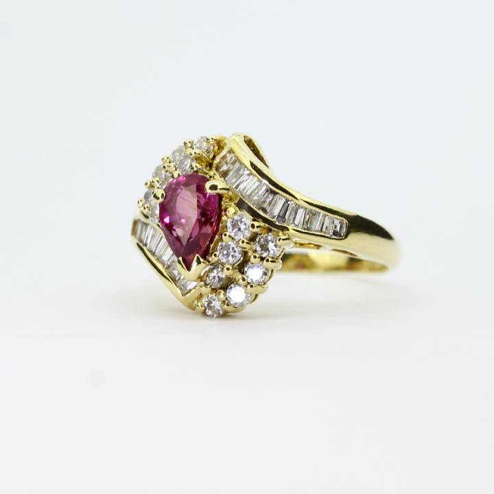 Pre-Owned 18ct Yellow Gold Diamond & Ruby Cluster Ring