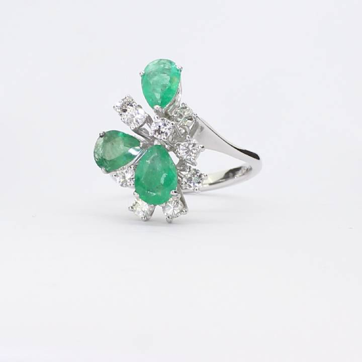 Pre-Owned 18ct White Gold Diamond and Emerald Cluster Ring