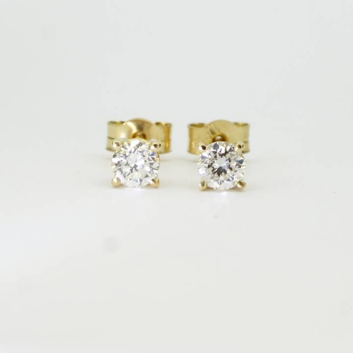 Pre-Owned 18ct Yellow Gold Diamond Solitaire Earrings 0.50ct