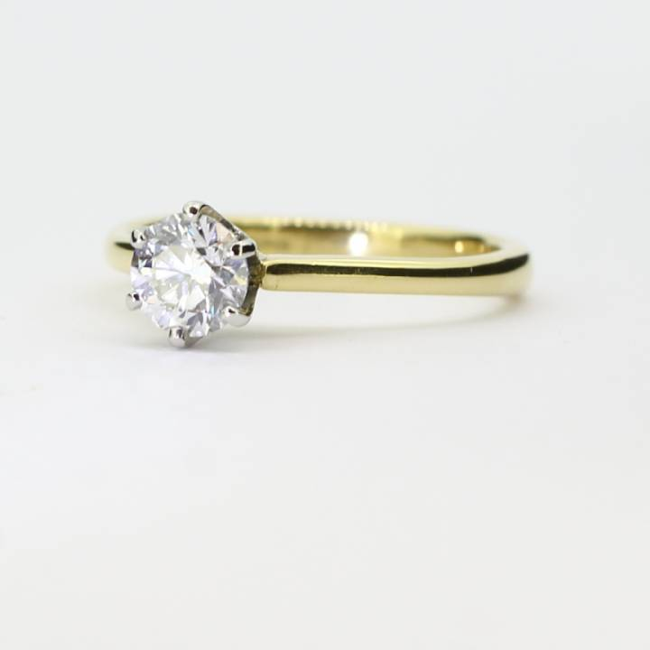 Pre-Owned 18ct Yellow Gold Diamond Solitaire Ring 0.50ct 1601843