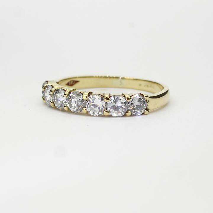 Pre-Owned 18ct Yellow Gold Diamond Half Eternity Ring 1.00ct 1603264