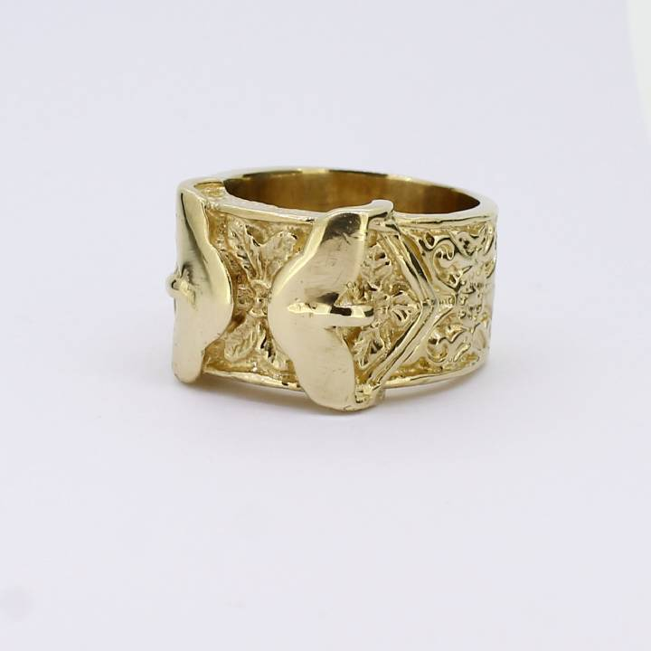 Pre-Owned Gents 9ct Yellow Gold Buckle Ring 7009204