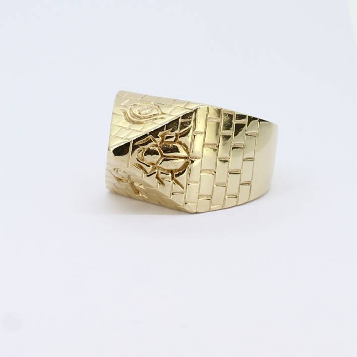 Pre-Owned 9ct Yellow Gold Gents Pyramid Style Ring