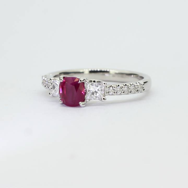 Pre-Owned 18ct White Gold Diamond & Ruby Ring 1609071