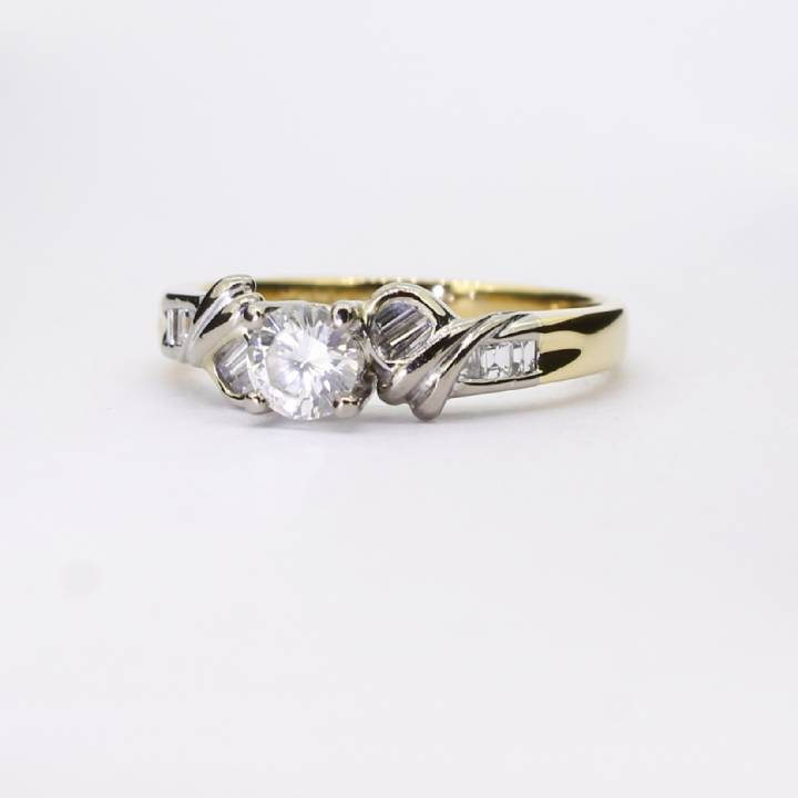 Pre-Owned 18ct Yellow Gold Diamond Solitaire Ring 0.52ct 1601892