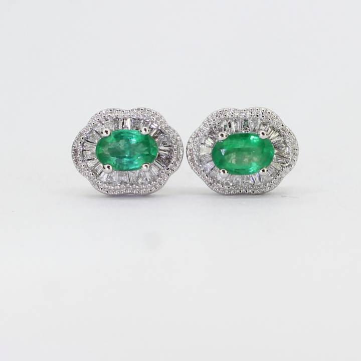 Pre-Owned 14ct White Gold Diamond & Emerald Cluster Earrings 1607442