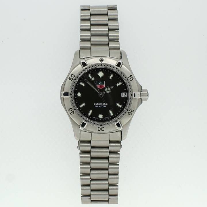 Pre-Owned Tag Heuer Vintage 2000 Series Watch, Mid-Size