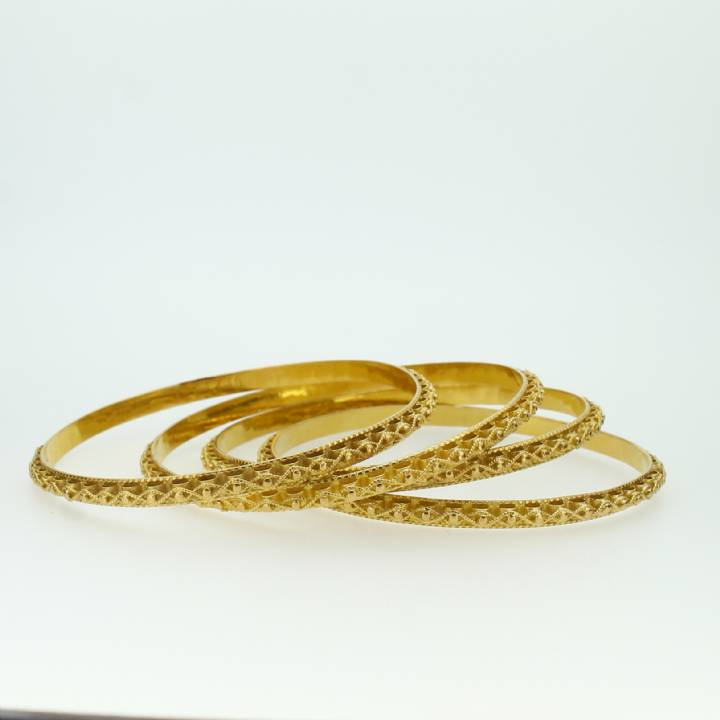Pre-Owned 4 x 22ct Yellow Gold Patterned Bangles 7022090