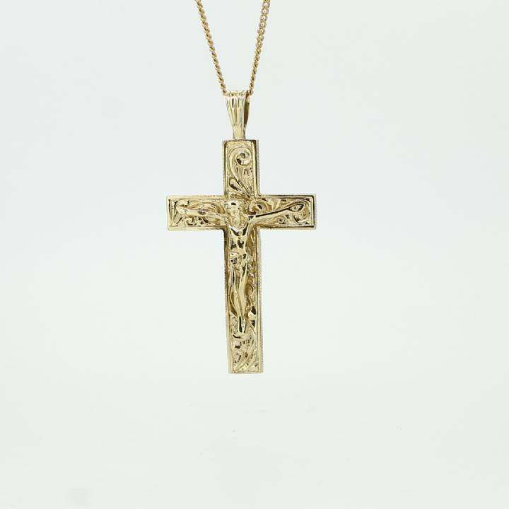 Pre Owned 9ct Yellow Gold Crucifix Pendant