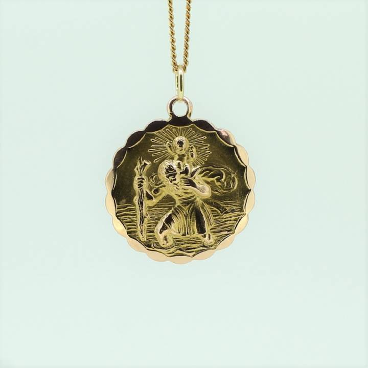Pre-Owned 9ct Yellow Gold St Christopher Pendant 1510342