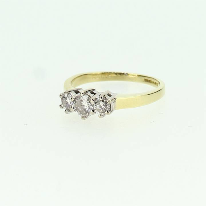 Pre-Owned 18ct Yellow Gold Diamond 3 Stone Ring 0.50ct Total