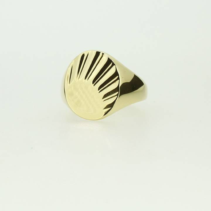 Pre-Owned Gents  9ct Yellow Gold Oval 'Sunray' Signet Ring