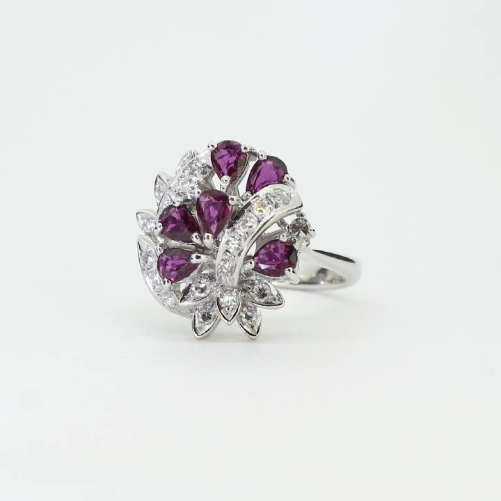 Pre-Owned 18ct White Gold Diamond & Ruby Cluster Ring 1609087