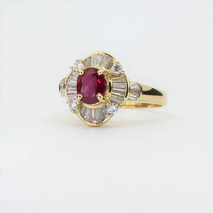 Pre-Owned 18ct Yellow Gold Ruby & Diamond Cluster Ring 1609088