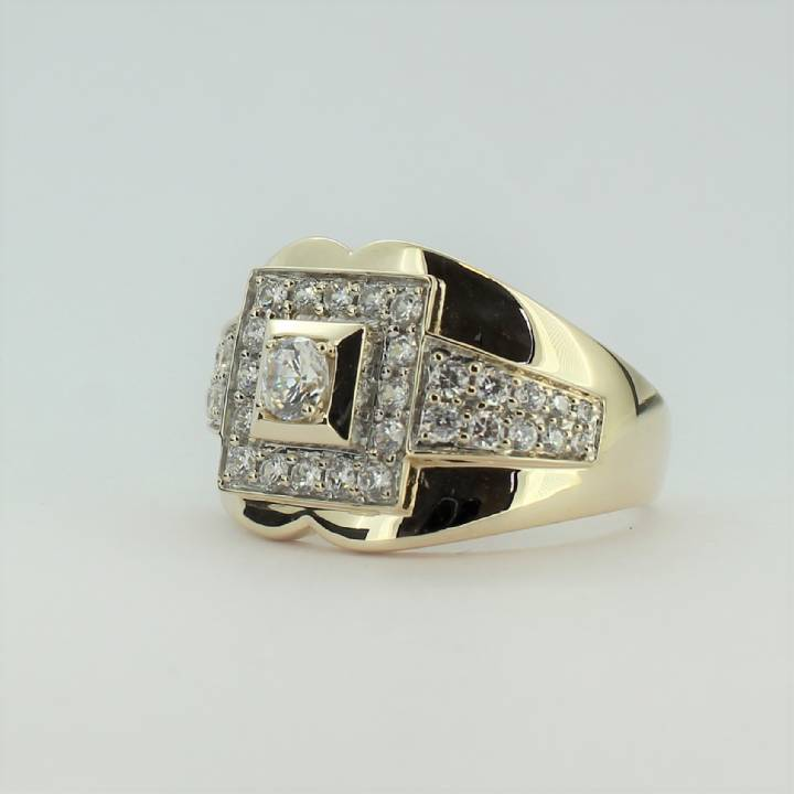 Pre-Owned Gents 9ct Yellow Gold CZ Cluster Ring