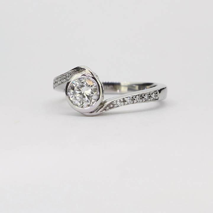 Pre-Owned 18ct White Gold Diamond Solitaire Ring Total 0.43ct 1601329